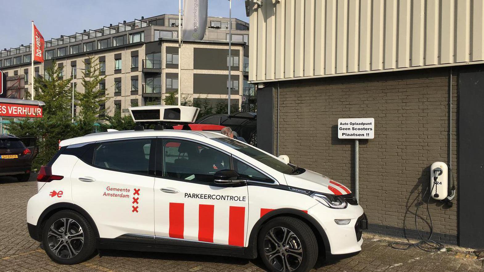 Automobilisten in Amsterdam betalen keurig parkeergeld