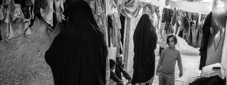 Nederlandse IS-vrouwen en hun (tachtig) kinderen wachten tevergeefs op terugkeer