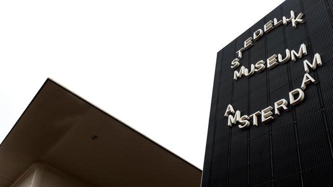 Schrijver laat miljoen euro na aan het Stedelijk Museum