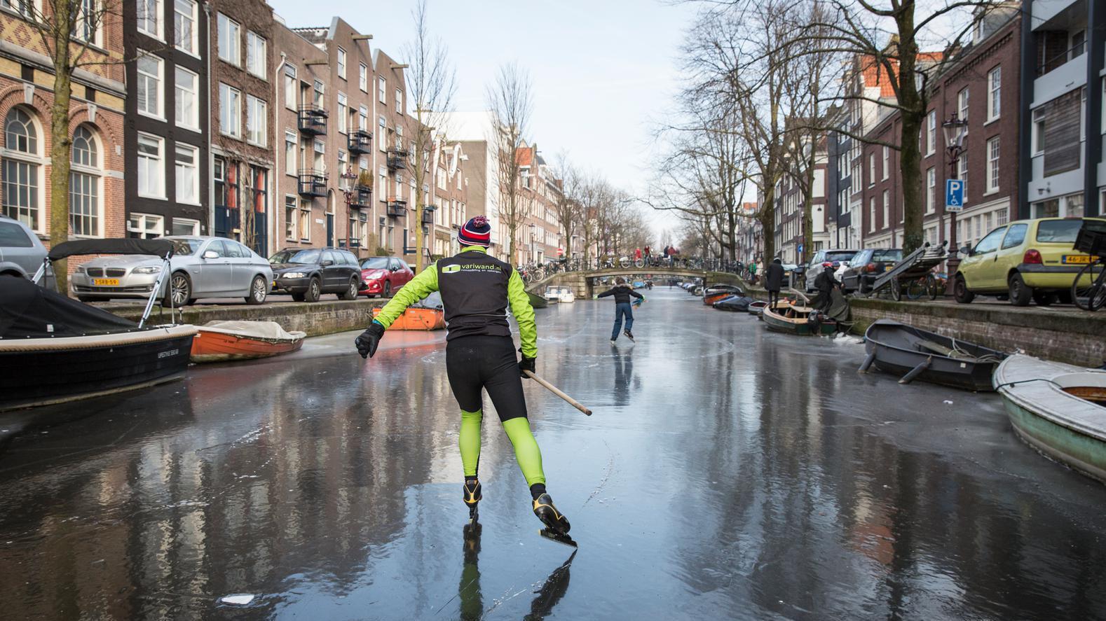Op zoek naar schaatslocaties met ijsmeester Bob Maas
