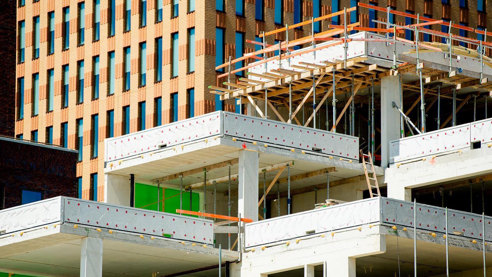 Amsterdam wil na jaren stilstand kantorenbouw zelf aanjagen