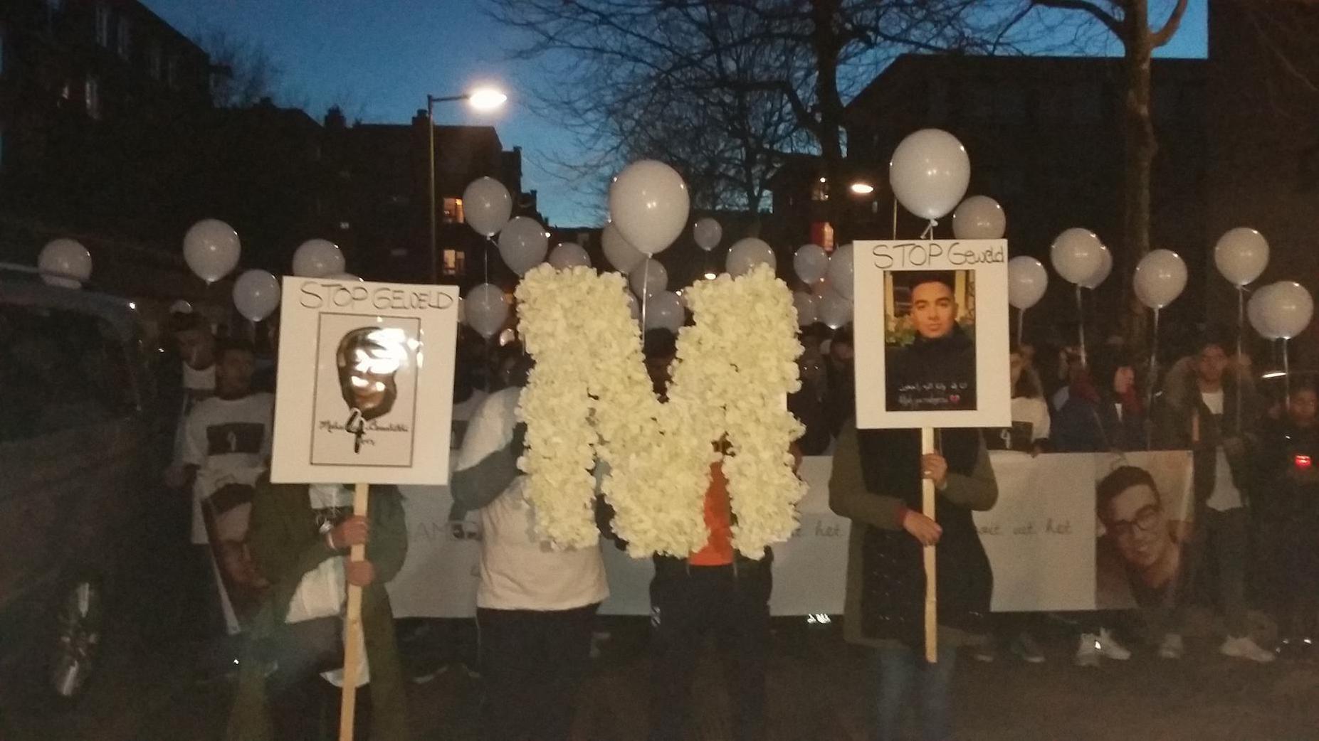 Honderden mensen bij stille tocht voor Mohammed Bouchikhi
