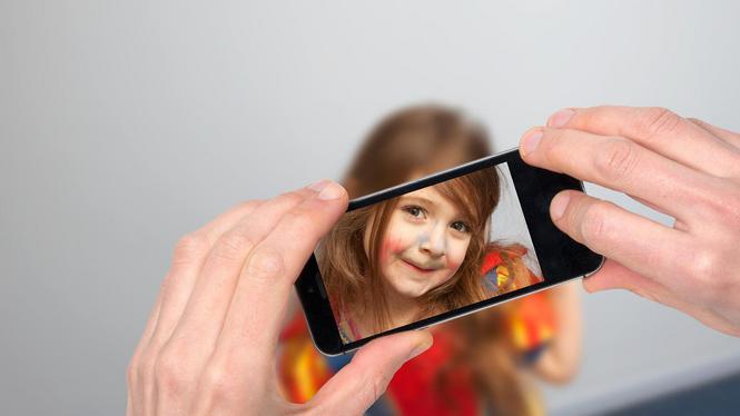 Kinderfoto's op sociale media, wel of niet doen?
