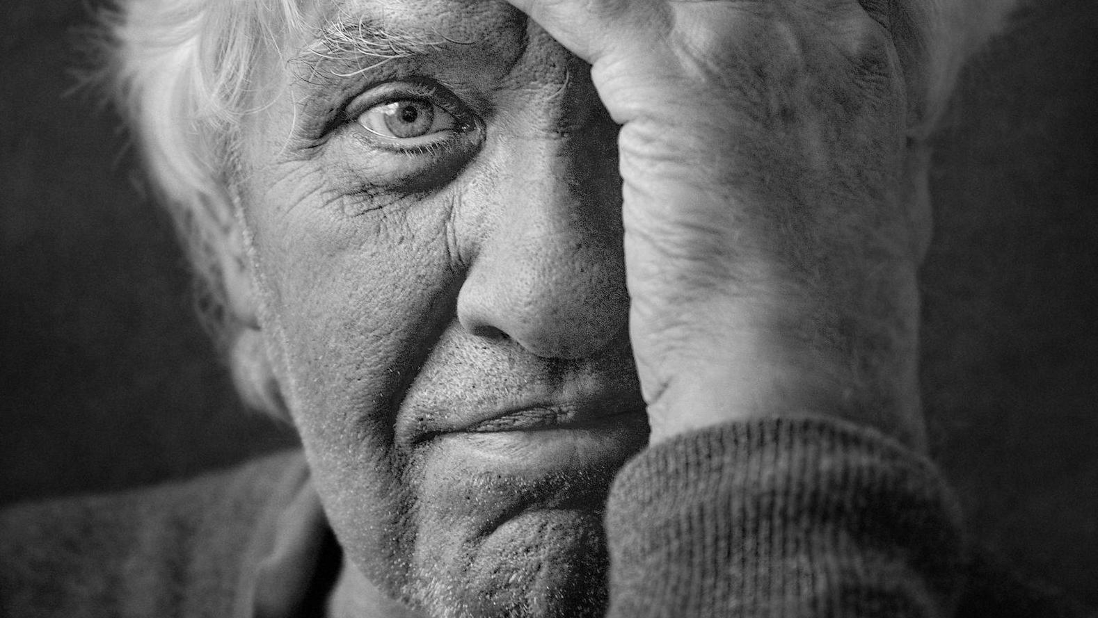 Anthon Beeke (1940-2018): sarren als constante in zijn oeuvre