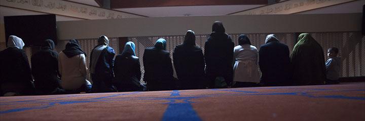 Ze zijn er wel degelijk: vrouwelijke islamitische predikers